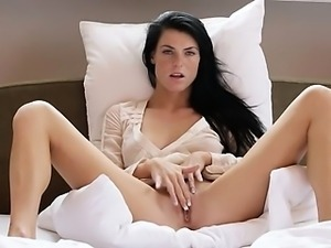 Dildoing and touching her glamorous clit