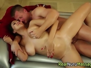 Babe gets cumshot on tits after fucking and sucking in hd
