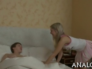 Gorgeous chick receives heavenly pounding after blowjob