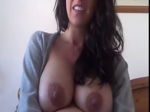 Pregnant Kelly