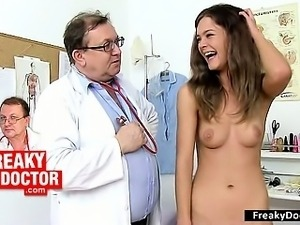 Beautiful skinny hairy pussy Amanda Vamp fetish clinic