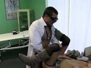 Patient with stiff nck fucked by doctor on a desk