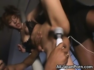Japanese Teen Moaning and Orgasm!