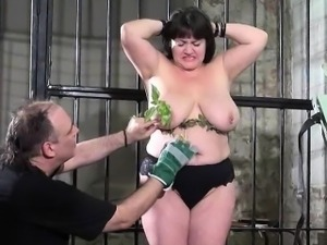 Extreme amateur bdsm of whipped and stinging