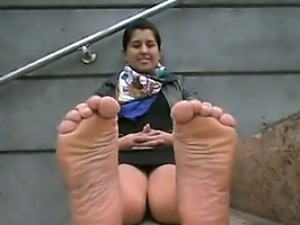 Indian Girl Teasing Her Feet