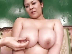 Yuuki busty sucks dong so fine