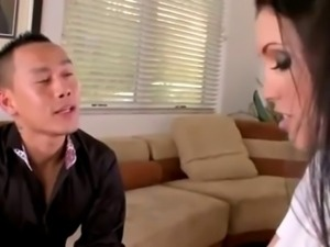 Asian Couple Fuck Sexy Mom...F70
