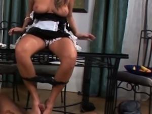 Daria Glower gives a sexy footjob