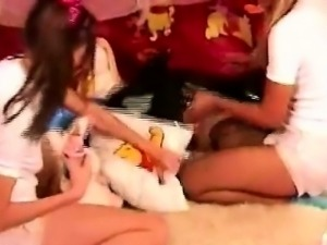 Brunette and ebony babies turn kinky when wearing diapers