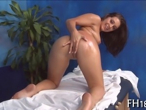 Arousing chicks lusty desires