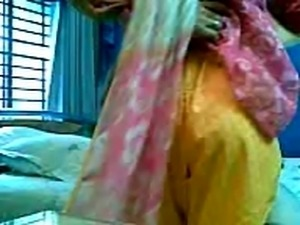 fully trained patan pakistani girl fucks punjabi man