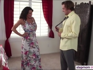 Milf Lezley Zen in threesome action sex
