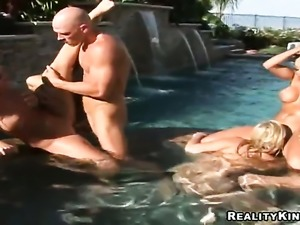 Johnny Sins wants to fuck slutty Eve Laurences nice pussy forever