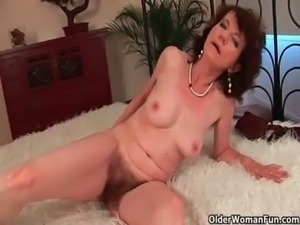 Old woman with furry pussy gets fucked free