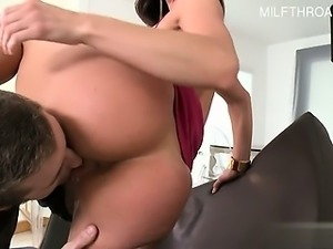 Hot housewife amazing handjob