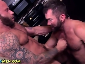 Muscle bear ass fucked