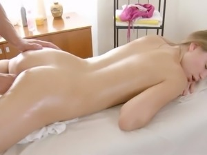 Sexy European youngster gulps cumming