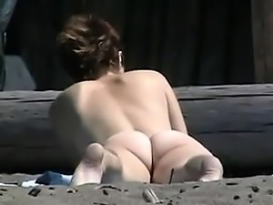 Naked Chick Recorded Tanning At The Beach