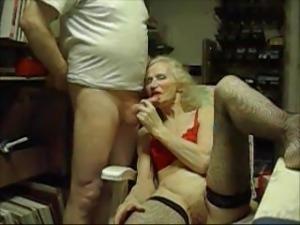 OLD BITCH   josee  housewife  70 yaers ...ADDICT ON SEX