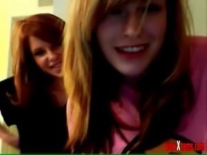 2 Webcam Chicks (Be Patient) free