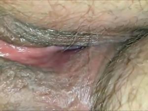Teasing a horny MILF\'s vagina closeup