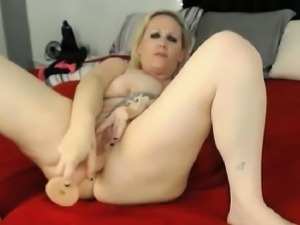Blonde Mom With Big Tits Masturbating