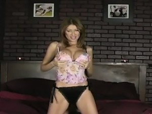 Lisa knows how to seduce! Dressed in just her shiny panties