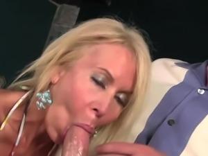 Erica Lauren pleasuring onto cucumber
