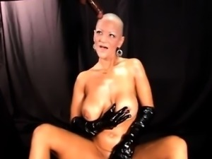 Bold mature dominatrix and the cock