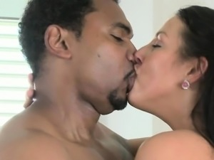 Black guy fucks white mature lady