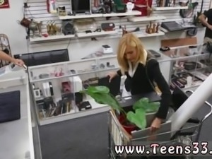 Muslim cumshot Hot Milf Banged At The PawnSHop
