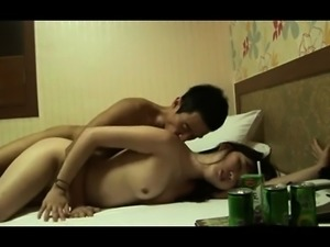 Lustful Japanese teens having wild sex on the bed and in the bathtub