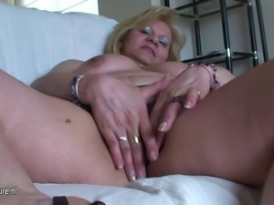 Old chubby mama fingering and playing with herself