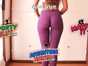Big Round Ass Latina! Sexy Cameltoe! Big Nipple Round Boobs!