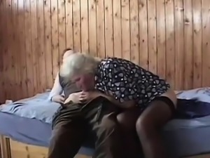Hairy granny penetrated