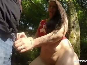 Private Lust brings you Smokey Kate in an Absolutely Amateur German Porno! We...