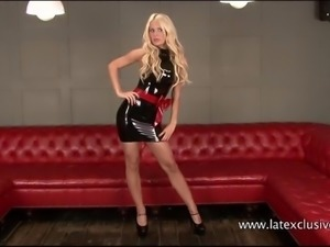 Long legged blonde Alessandras latex fetish