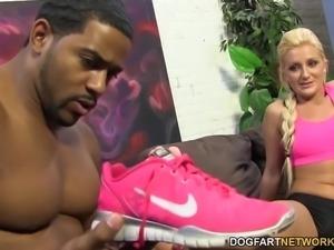 Nikki Blake BBC Foot Fetish