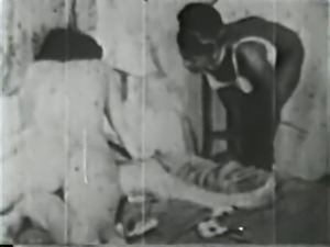 ebony maid help two lesbos - circa 30s