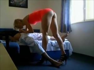 Old guy fucks hot tall escort on hiddencam