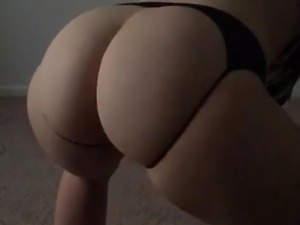 BBW shaking her ass in slow motion
