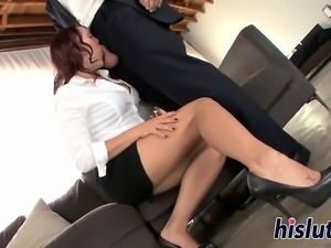 Tasty brunette bitch gets nailed really hard