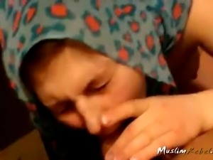 Turkish Woman Sucking