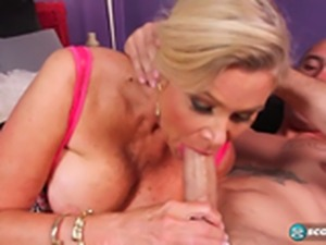 56 yo MILF Lauren gets ass fucked