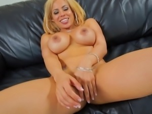 Lex Steele vs Luna Star