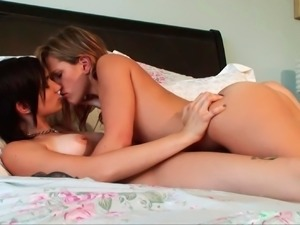 Teen cuties making out in bedroom