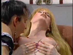 Lesbian Shemale - Bizarre