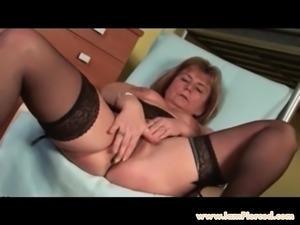 I am Pierced granny pith pierced nipples n pussy in stocking