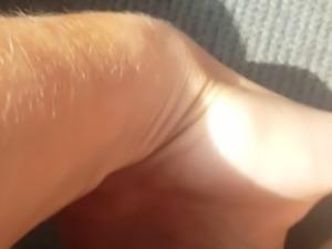Cute amature so horny starts masturbating while driving