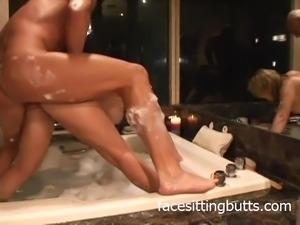 A really nice bathroom fuck